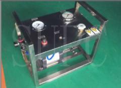 便携式气动试水压机